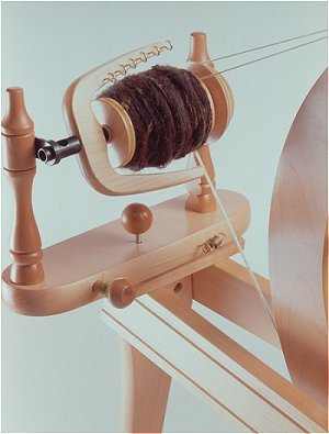 Ashford Traditional Wheel – Double Drive Lacquered